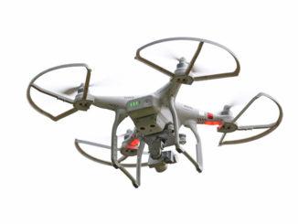 Quadcopter-Drohne im Flugbetrieb
