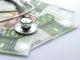 Stethoskop auf Euro-Scheinen