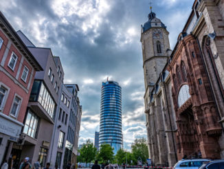 Uniturm und Kirche St. Michael in Jena