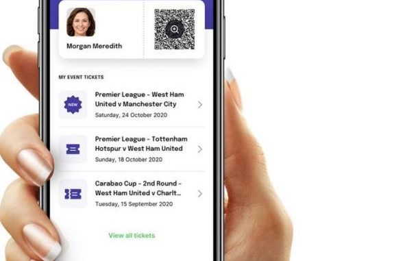 "Smartphone mit App ""Match Fit Pass"""