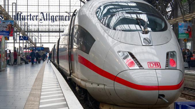 ICE am Hauptbahnhof Frankfurt/Main