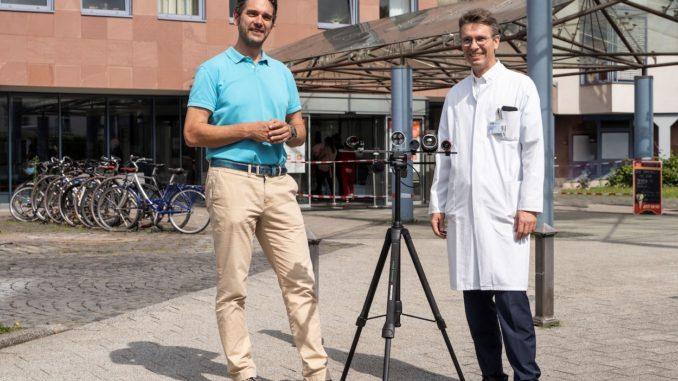 Professor Daniel Strauss (l.) und Professor Michael Zemlin